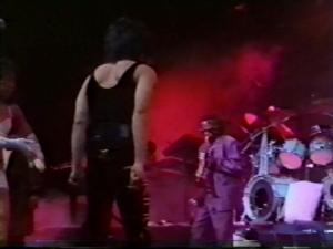 """""""Sigue Girando"""": El día que Mile Davis tocó junto a Prince"""