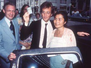 El día que Lennon se transformó en ciudadano estadounidense