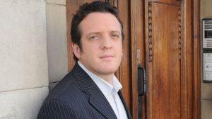 "Mauro Szeta: ""El teatro me libera del drama cotidiano"""