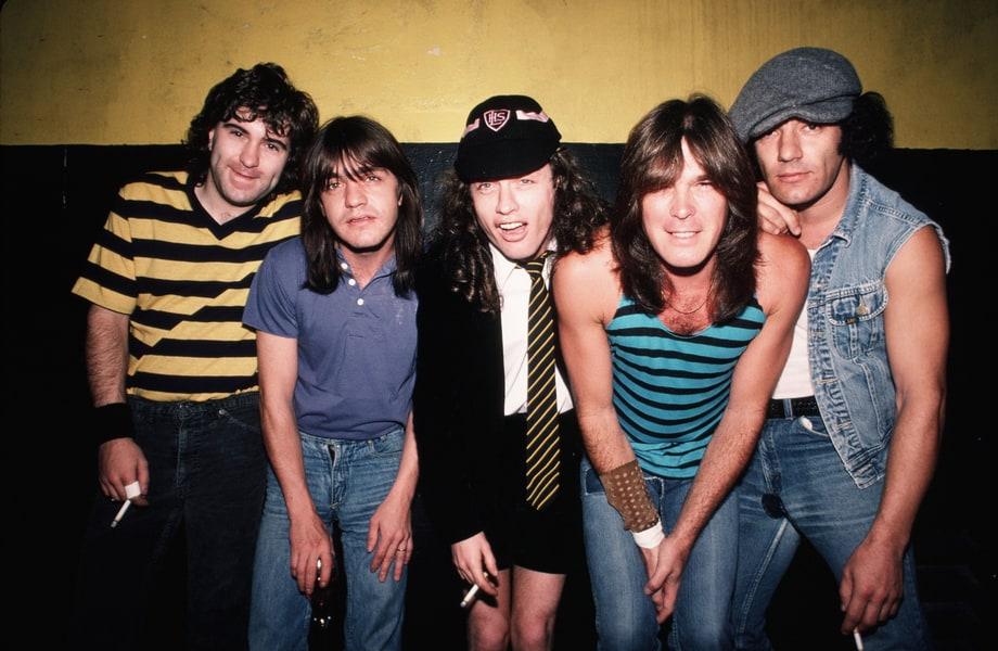 Bandas que honran (¿copian?) a AC/DC - Radio Cantilo