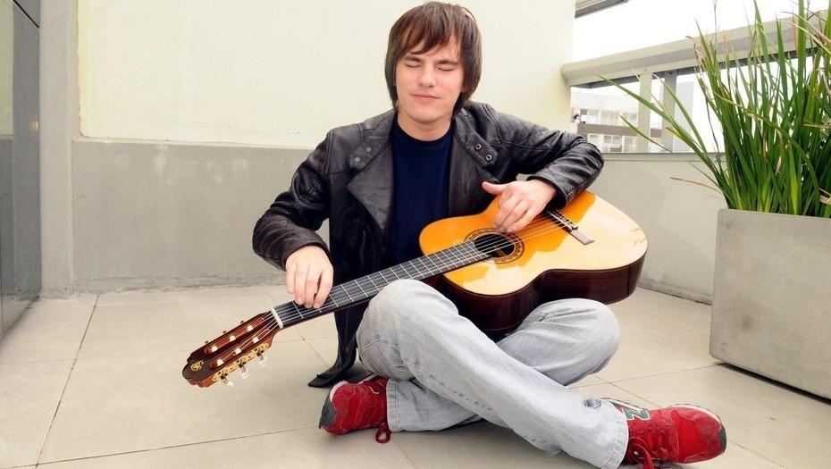 """Nahuel Pennisi: """"Todo me lo dieron la calle y las canciones"""" - Radio Cantilo"""