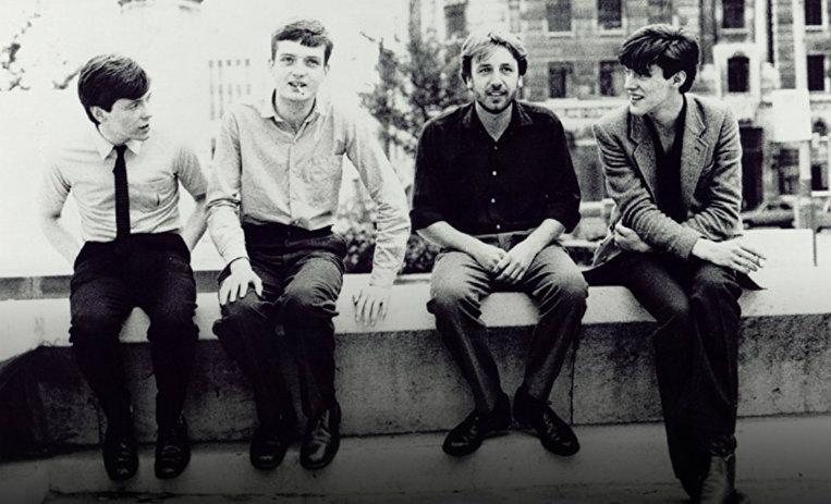Dr Martens relanza sus icónicas botas inspiradas en Joy Division y New Order - Radio Cantilo