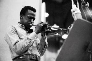 Miles Davis es Funky Kingston