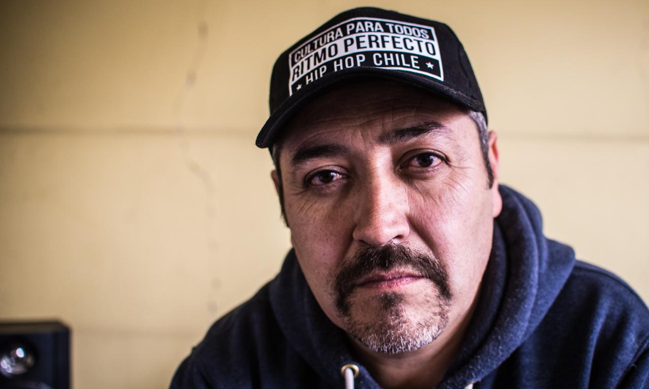 """Lalo Meneses: """"El capitalismo ha inventado su hip hop"""" - Radio Cantilo"""