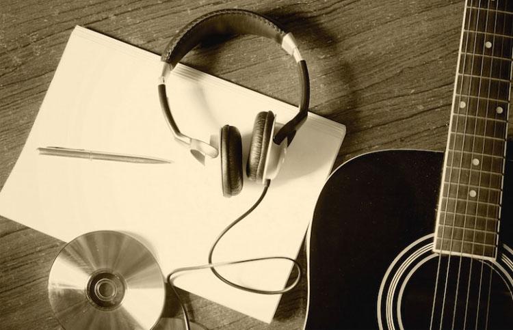 #5AlHilo: Canciones inspiradas en libros - Radio Cantilo