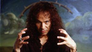 Dio cumpliría años y se festeja con metal
