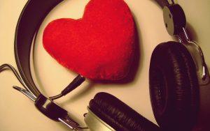 Canciones perfectas para dejarte llevar por el romance