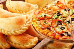 Argentina va por el Guinness: cocinarán 11 mil pizzas y 11 mil empanadas en 12 horas