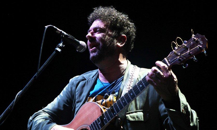 Palo Pandolfo revisita sus más de 30 años de carrera - Radio Cantilo