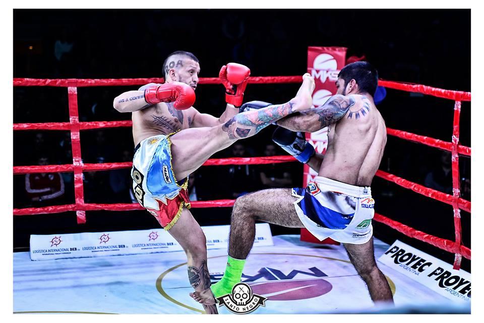 A la noche hay Kick Boxing - Radio Cantilo