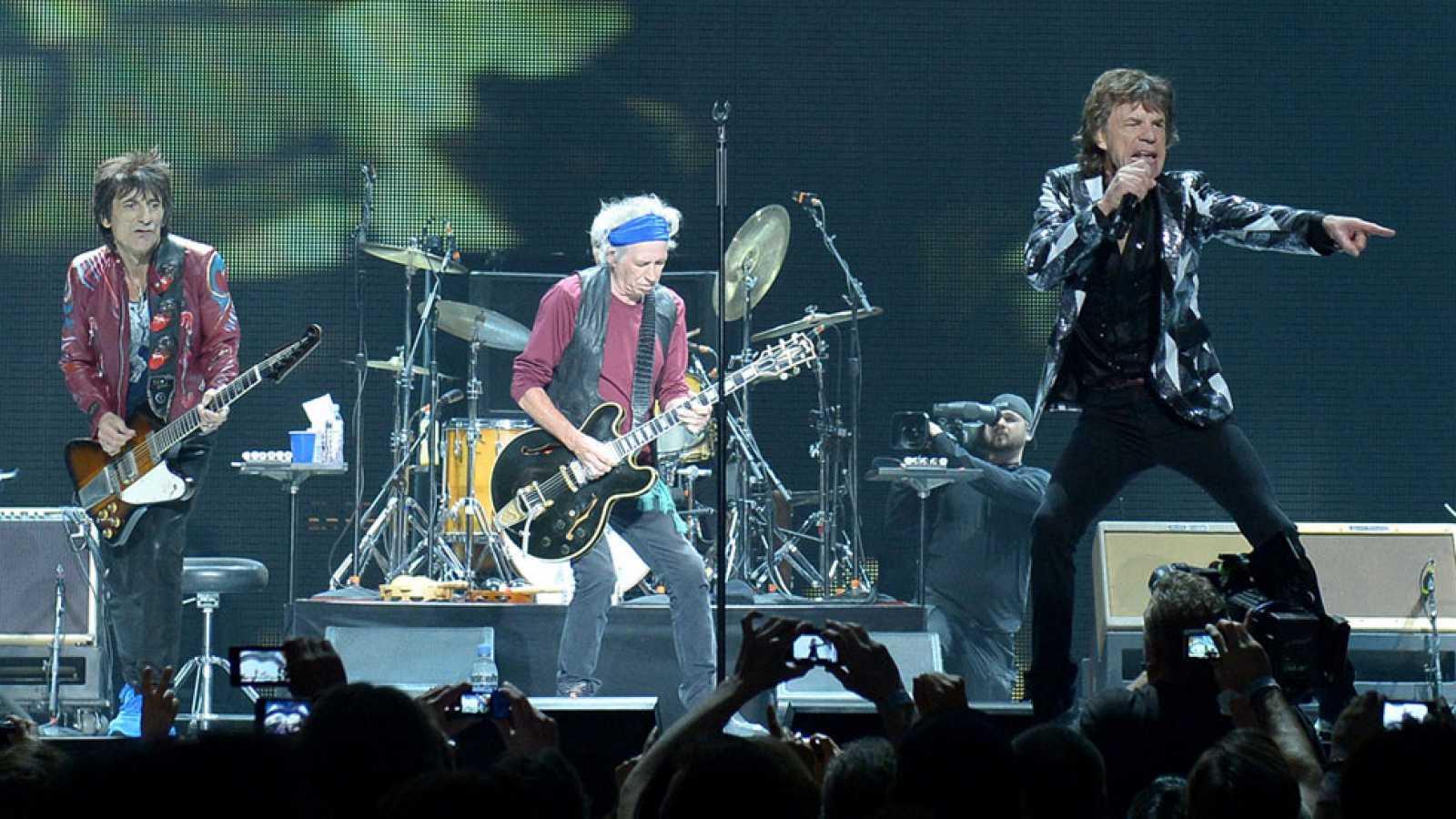 ¡Son extraterrestres! Un libro revela por qué los Rolling Stones son de otro planeta - Radio Cantilo