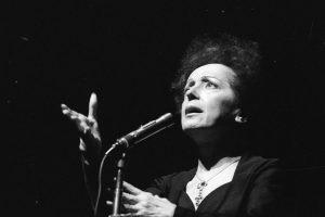Se cumplen 103 años del nacimiento de Édith Piaf