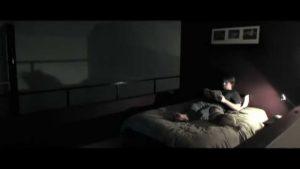 Lo Normal es Paranormal: Sombras en la habitación