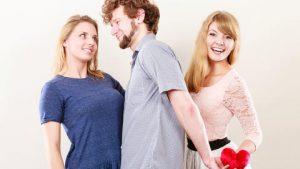 Consultorio Sentimental: ¿Se puede de a tres?