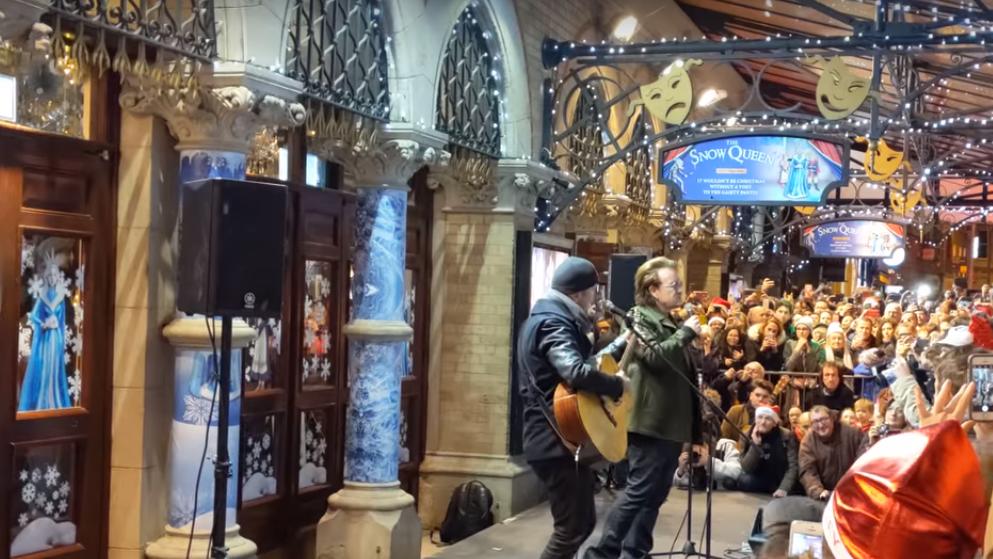 Bono y The Edge tocaron juntos y gratis en Dublín - Radio Cantilo