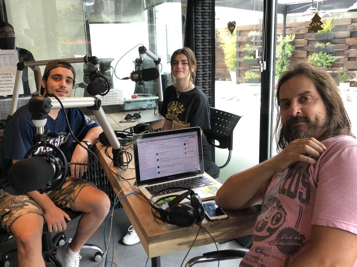 Los ganadores de Hagan Correr la Navidad visitaron Radio Cantilo - Radio Cantilo