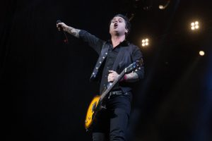 Green Day y Guns N' Roses cantaron covers en Año Nuevo