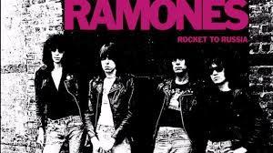 Tommy es Ramone
