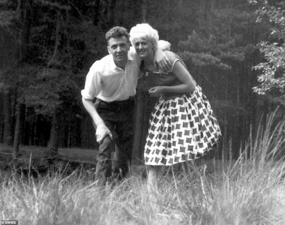 Locura compartida: la historia de los asesinos Brady y Hindley - Radio Cantilo