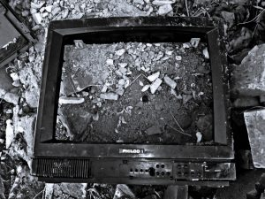 """""""Y cuando todo pase, miraremos otra vez una cámara para volvernos a dar cuenta que fuimos emboscados"""""""