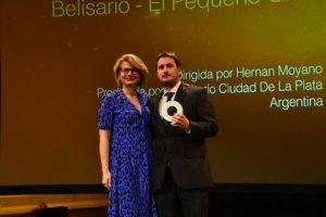 Orgullo nacional: ¡Hernán Moyano premiado en España!