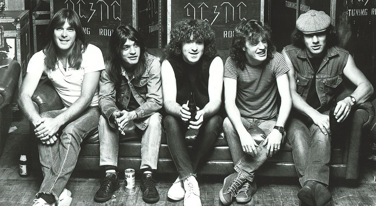 ¿Cuáles son los mejores 25 temas de AC/DC? - Radio Cantilo