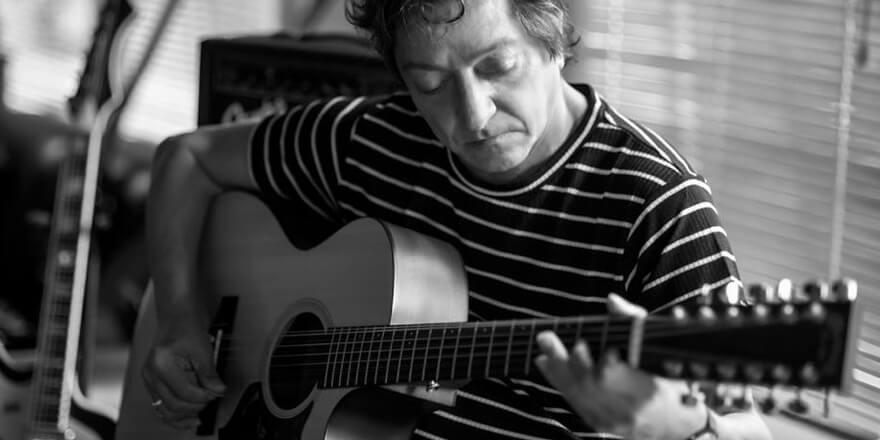 """Julio Moura: """"Los recuerdos son parte de mi propio presente"""" - Radio Cantilo"""