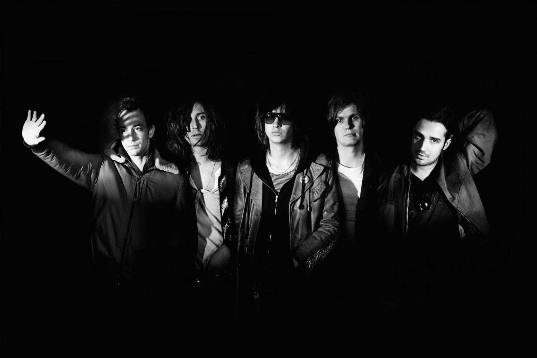 The Strokes están de regreso con nueva canción - Radio Cantilo