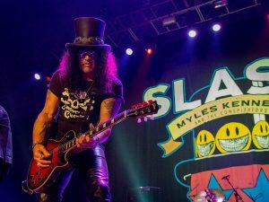 Slash sacudió Rosario y así vivimos la previa del sábado