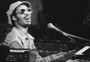 ¡Feliz cumpleaños Stevie Wonder!