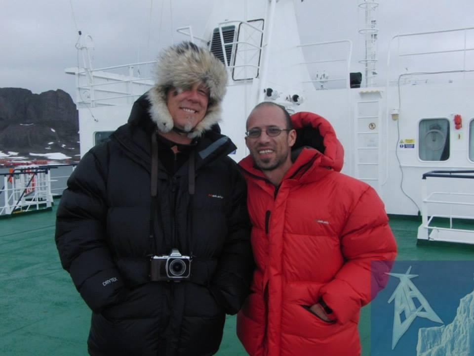 Pablo Lojo, el luthier que estuvo en el show de Metallica en la Antártida - Radio Cantilo