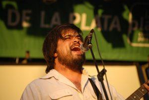 """Lucas Finocchi: """"La música es el lugar donde pongo la pasión"""""""