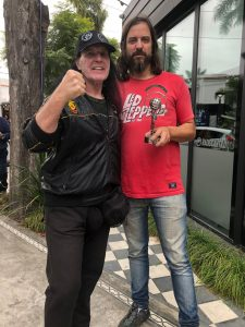 Dave Evans visitó los estudios de Radio Cantilo