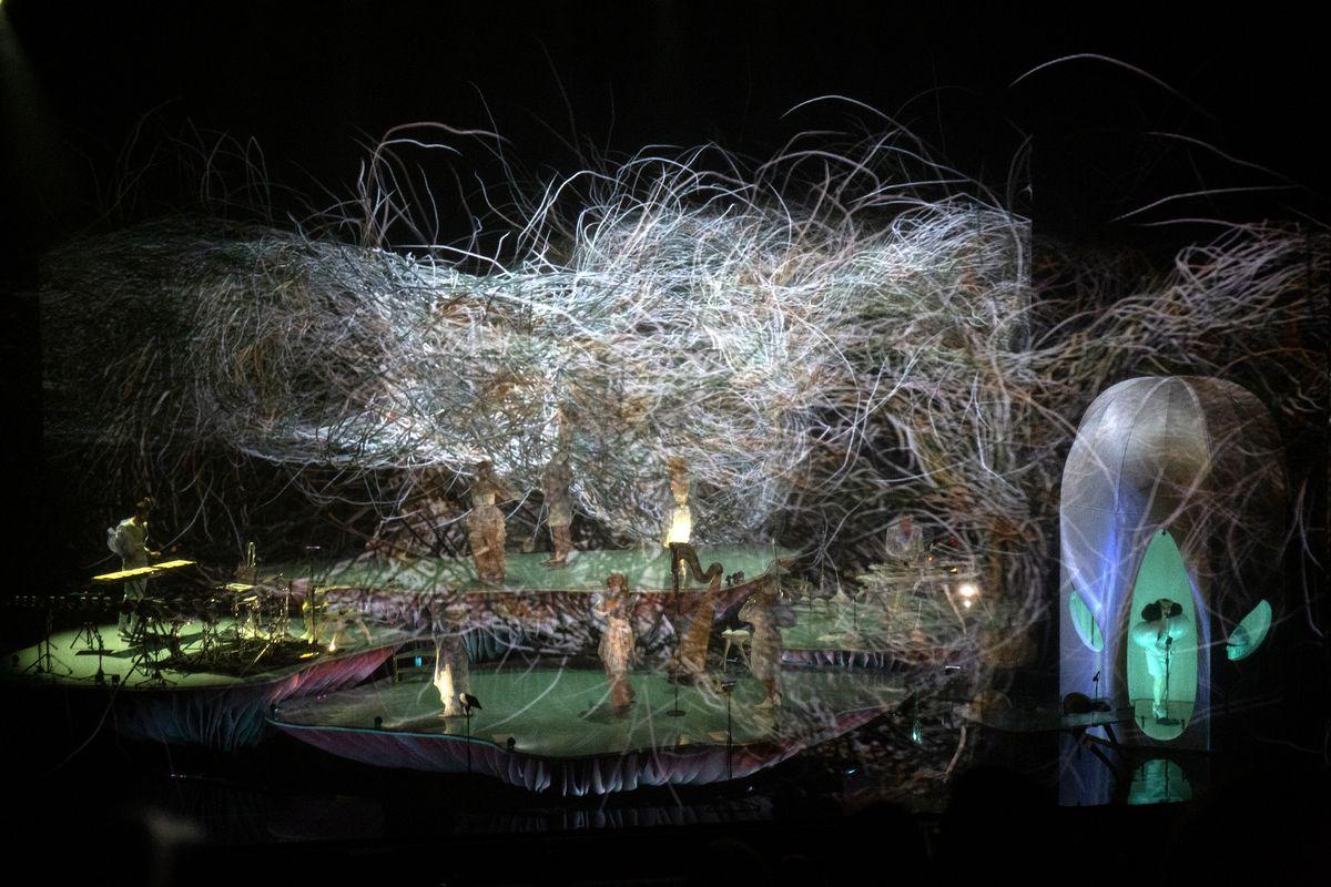 Björk y Martel en Nueva York: naturaleza y Cornucopia - Radio Cantilo