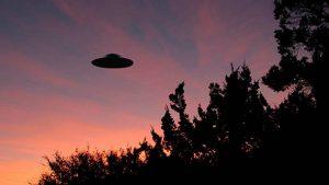 Lo normal es paranormal: contactos con seres del espacio exterior