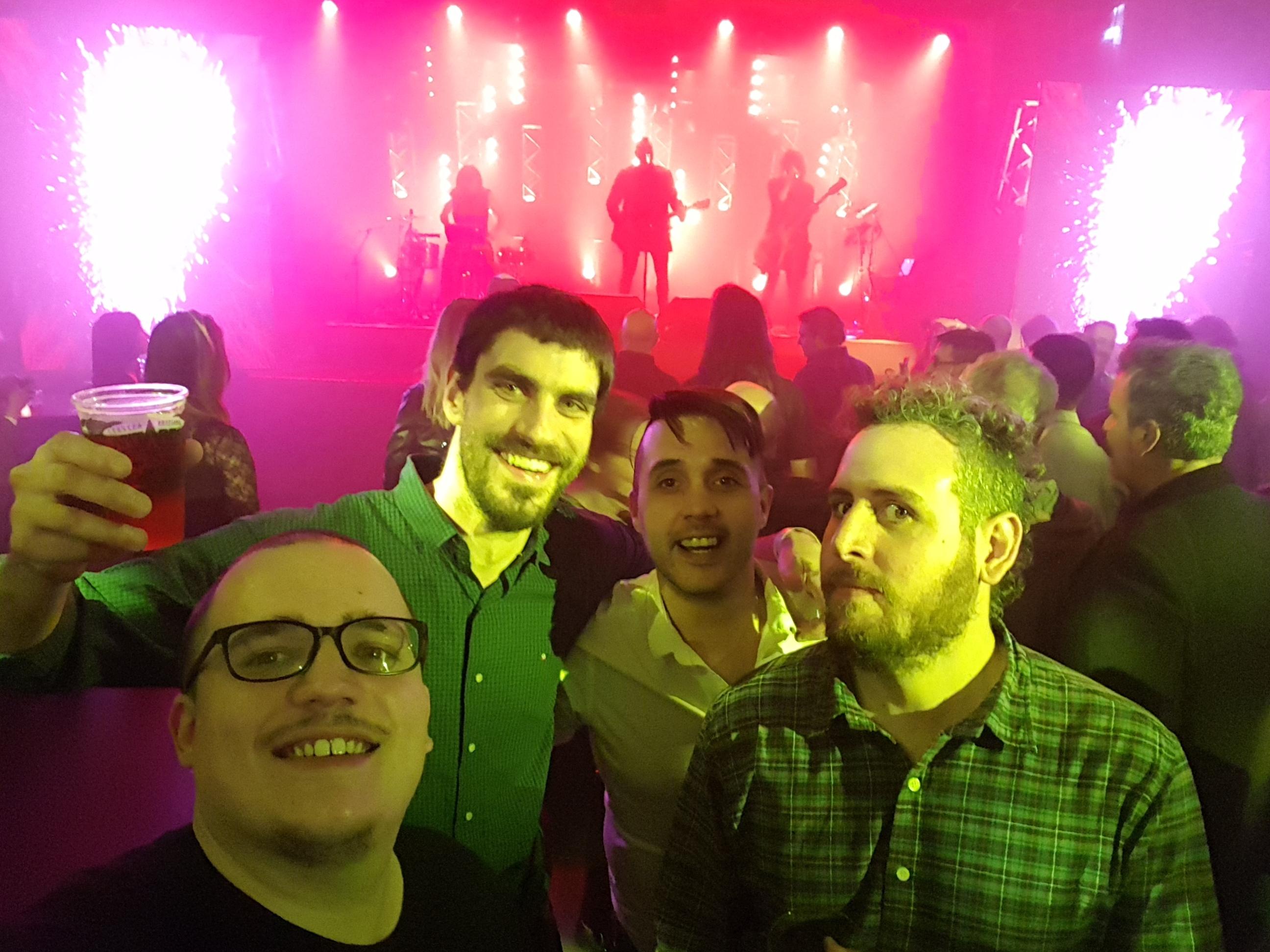 Un festejo manija - Radio Cantilo