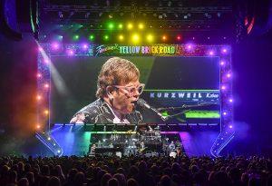 Elton John, el que más facturó en lo que va del año