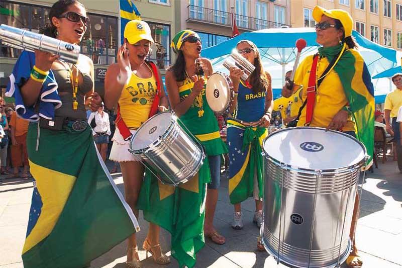 """""""Otros Carnavales"""", un análisis completo acerca de la música brasilera - Radio Cantilo"""