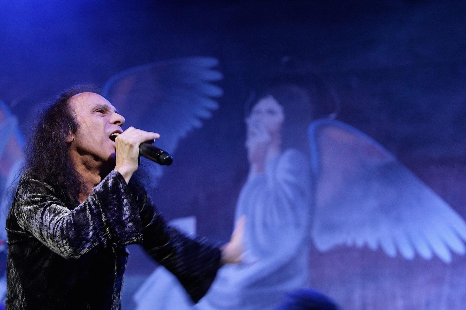 A 77 años del nacimiento de Ronnie James Dio - Radio Cantilo