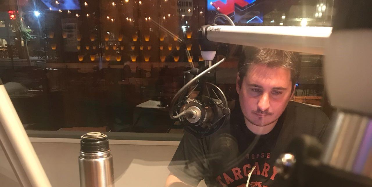 """Hernán Moyano: """"La radio es un lugar de disfrute total"""" - Radio Cantilo"""