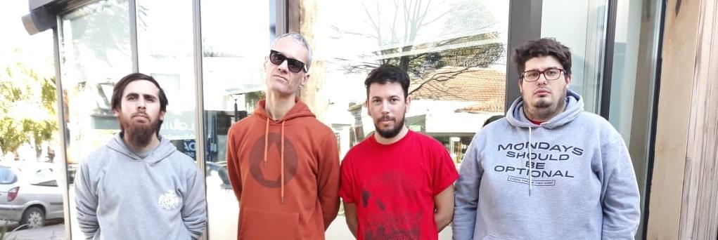 """Para Establecer Un Río: """"Nuestra forma de decir qué es lo que tocamos es tocándolo"""" - Radio Cantilo"""