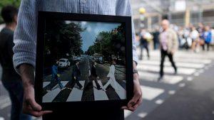 Conocé cómo se festejaron los 50 años de la foto de Abbey Road