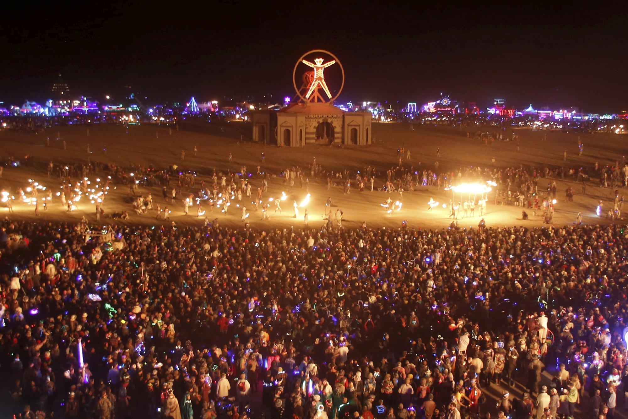 Música electrónica en el desierto: ¿conocés la Burning Man? - Radio Cantilo