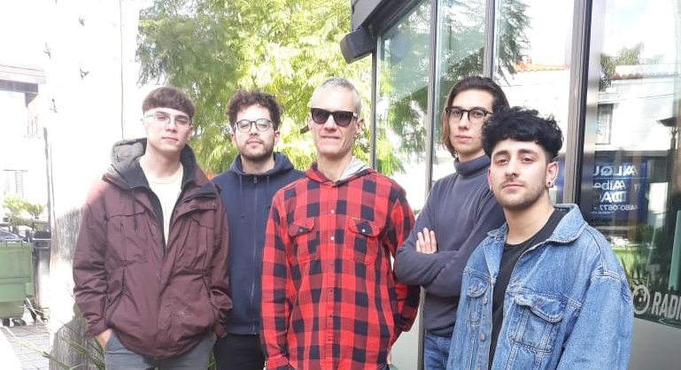 """Firpolar: """"Nos vemos muy influenciados por Peces Raros"""" - Radio Cantilo"""