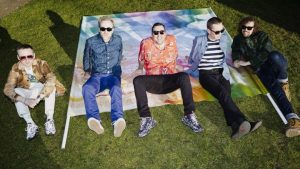 "Paladar Pop: ""A Bath Full of Ecstasy"" de Hot Chip"