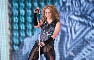 """Shakira hizo un cover de """"Basket Case""""… ¡y a Billie Joe Armstrong le encantó!"""