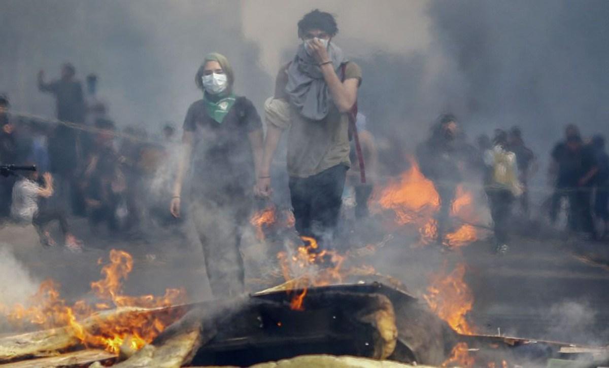 Represión y caos en Chile. Claves para comprender que está pasando. - Radio Cantilo
