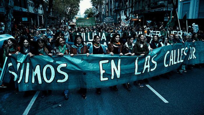 """Mano a mano con Juan Solanas, director del documental """"Que sea ley"""" - Radio Cantilo"""
