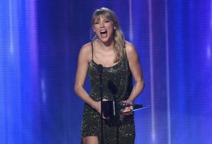Taylor Swift, la estrella de los American Music Awards