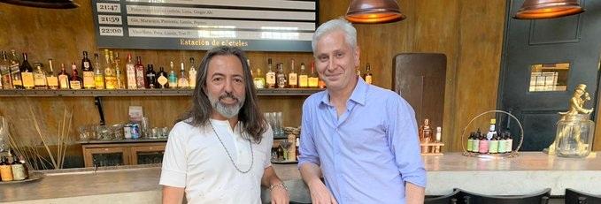 Adrián Dárgelos visitó Radio Cantilo y estuvo mano a mano con Juan Di Natale - Radio Cantilo